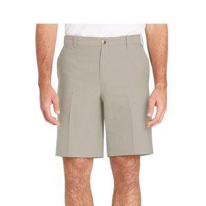 IZOD Newport Classic Fit Oxford Stretch Shorts 42